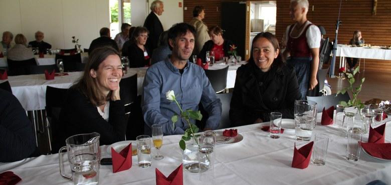 Familiengottesdienst mit Rhytmusgruppe JOY, Sonntagstreff im Pfarrheim
