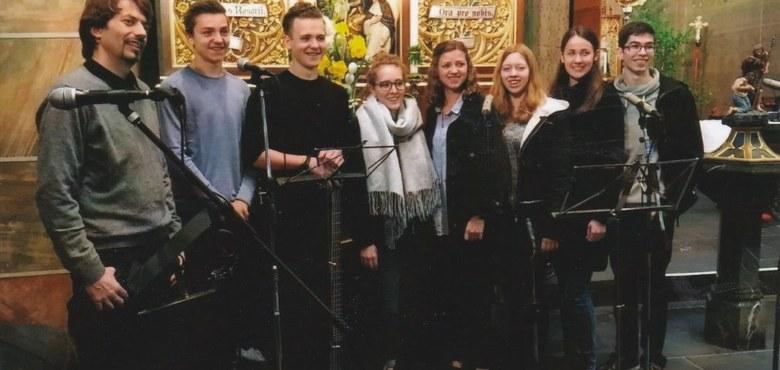 """Jugendottesdienst """"Save2Date"""" und Vorstellung der Firmlinge des langen Firmweges"""