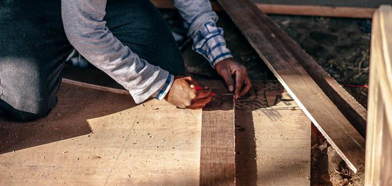 Indianische Bogen und Pfeile bauen