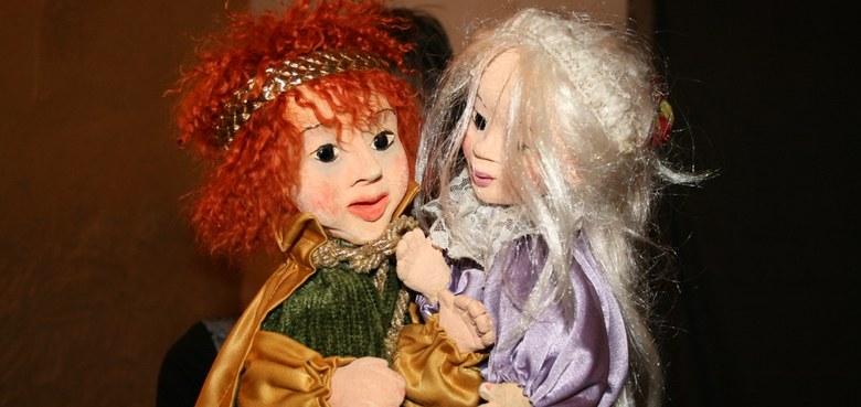 Therapeutisches und pädagogisches Figuren- und Märchenspiel