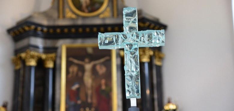 Begegnung am Kreuz