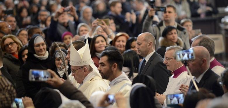 Ein Esel und ein Papst