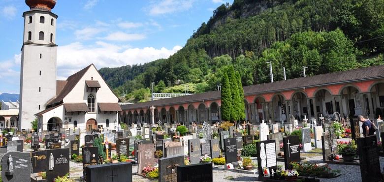 """Historischer Spaziergang """"Bahnhof und Friedhof"""""""