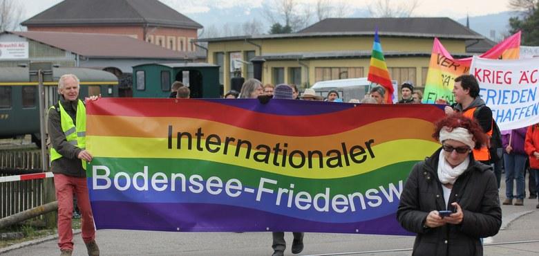 Bodensee-Friedensweg 2017 (Ostermarsch) in Friedrichshafen