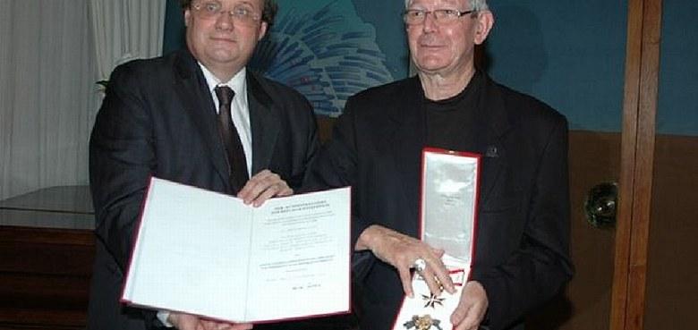 Hohe österreichische Auszeichnung für Bischof Erwin Kräutler